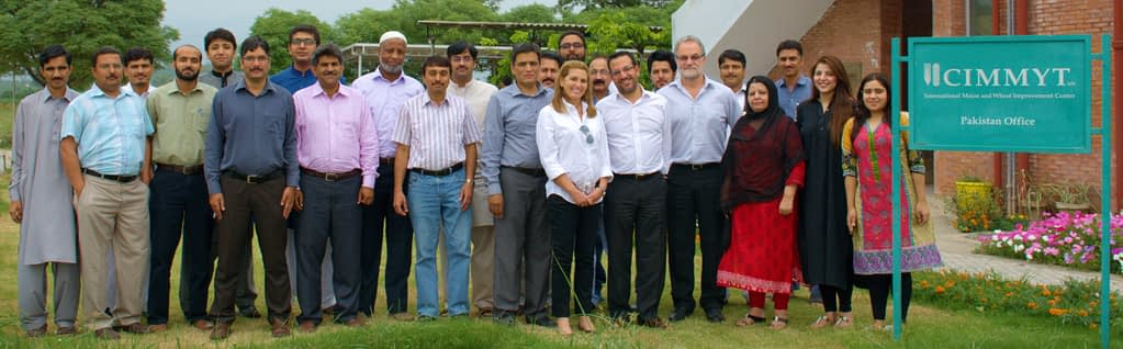 Hans Braun (sixth from right) stands for a photograph with colleagues during a work trip to CIMMYT's Pakistan office in 2020. (Photo: CIMMYT)
