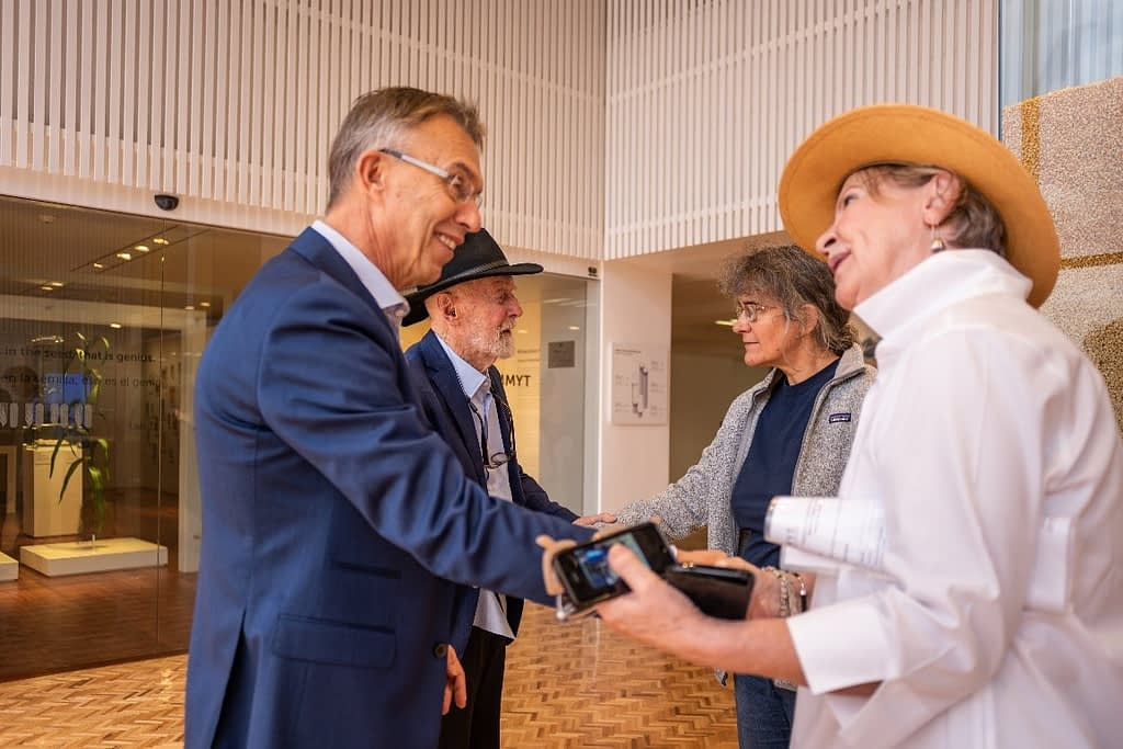 Director General Martin Kropff (left) and former Deputy Director General Marianne Bänziger (third from left) greet Donald Winkelmann and his wife Breege during a visit to the CIMMYT headquarters in October 2019. (Photo: CIMMYT)
