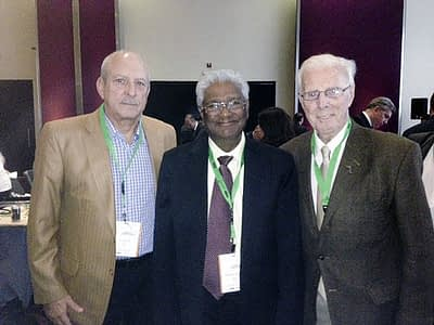 From right to left: Alejandro Violic, retired CIMMYT training specialist, Sanjaya Rajaram and Juan Izquierdo, FAO consultant. Photo: Juan Izquierdo, FAO consultant
