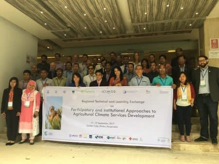 CSRD workshop participants. Photo: M. Asaduzzaman/CIMMYT