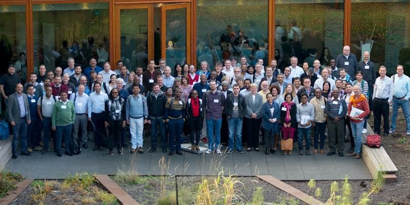 Participants of the Excellence in Breeding Platform (EiB) Contributor's meeting pose for a group photograph. (Photo: Sam Storr/CIMMYT)